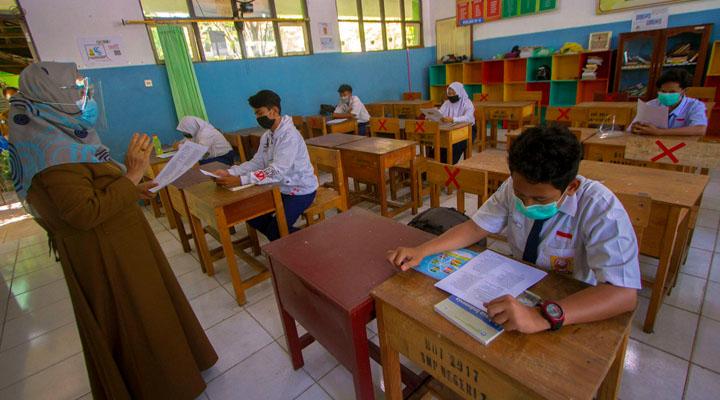 Sekolah Tatap Muka di Sumut Ditunda